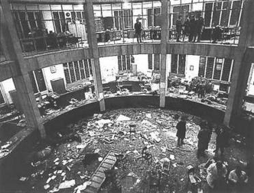 Piazza Fontana bombing | Italy On This Day